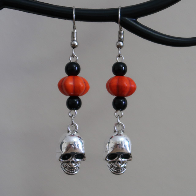 Skull Earrings (Pumpkin)