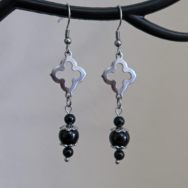 Church Earrings (Black Onyx)