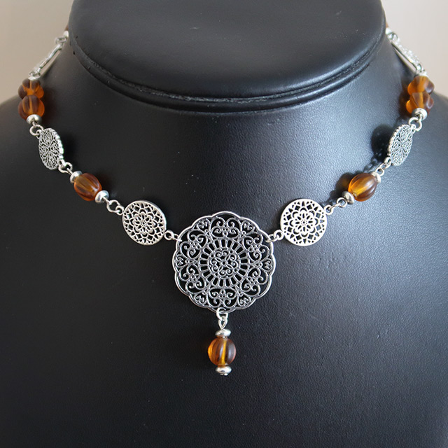Gothic Floral Lace Necklace & Earrings Set (Pumpkin Glass)