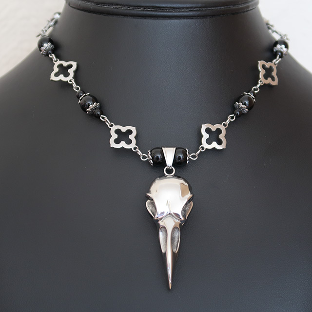 Bird/Raven Skull Necklace & Earrings Set (Black Onyx)